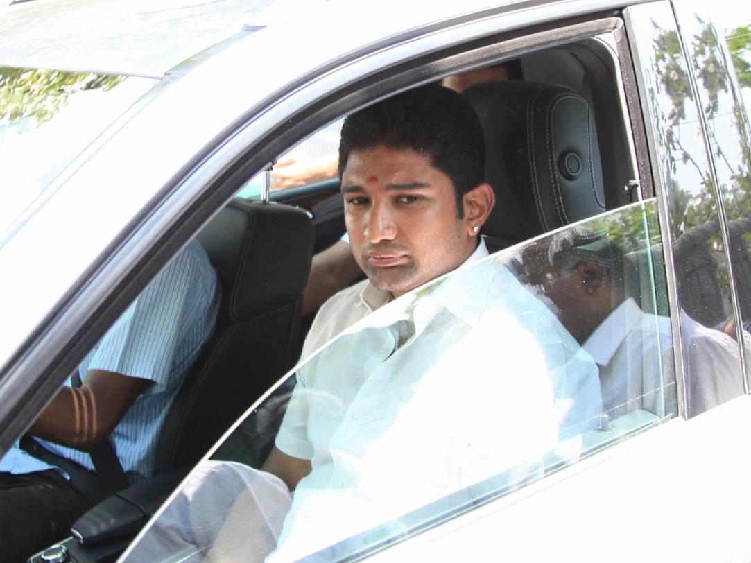 Vivek Jayaraman
