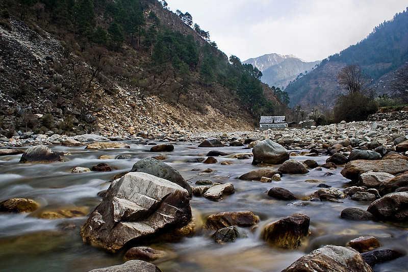 tirthan_valley