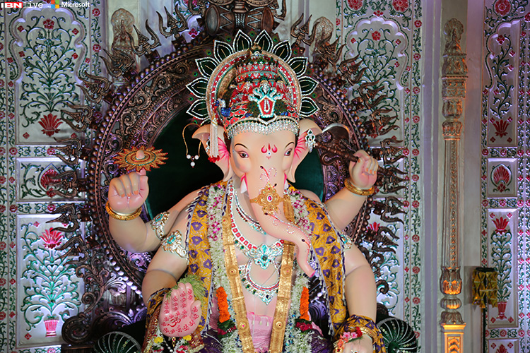 Khetwadi Cha Raja (12th lane)