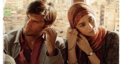 Ranveer Singh Shines As An Underground Rapper in the Trailer of Zoya Akhtar's Gully Boy