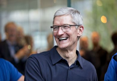Tim Cook Changes Twitter Handle Name to Tim Apple After Donald Trump Goofs Up His Name