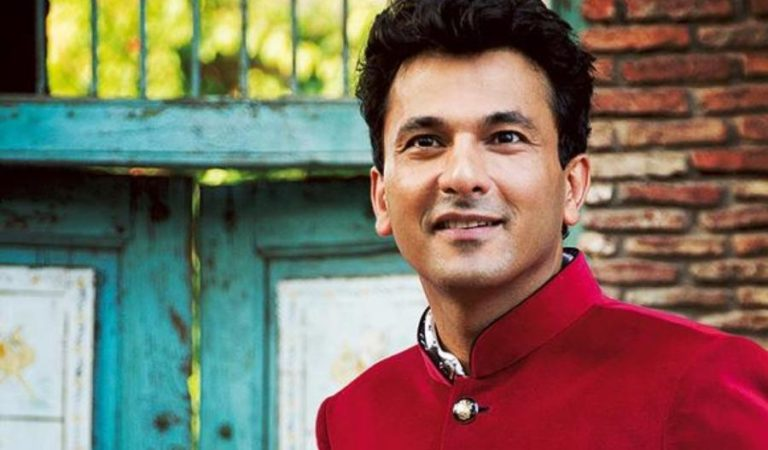 Chef Vikas Khanna Gives Fitting Reply to BBC Anchor's Racist Remark