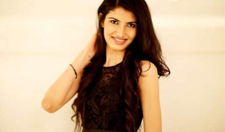 Aishwarya Sheoran: The Beauty with Brain Model Cracks 93 Rank in UPSC